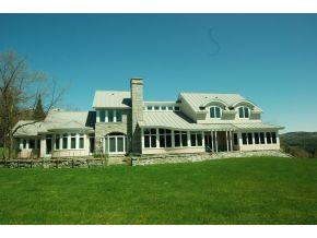 Stowe real estate